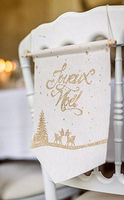 Pancarte Decoration Chaise Noel Dorée