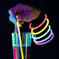 Lot de 100 Agitateurs ou Bracelets Fluo